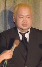 前田健さんの通夜に弔問に訪れたハチミツ二郎 (C)ORICON NewS inc.