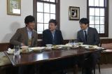 5月6日放送、TBS系『ぴったんこカン・カンスペシャル』安住紳一郎アナウンサー(右)は佐藤浩市(左)の協力を得て、三浦友和(中央)のプライベートを聞き出すことができるのか(C)TBS