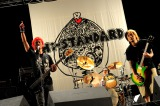 『AIR JAM 2011 』より11年ぶりの復活ライブを行ったHi-STANDARD(左から難波章浩、恒岡章、横山健) 撮影・TEPPEI