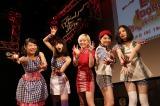 全国ツアー千秋楽で初の主催フェス開催を発表したベイビーレイズJAPAN
