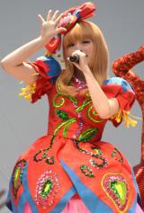 初ベストアルバム『KPP BEST』のリリース記念イベントを行ったきゃりーぱみゅぱみゅ (C)ORICON NewS inc.