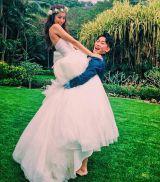 米ハワイで挙式したジャングルポケット・太田博久とモデルの近藤千尋