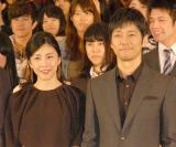 映画『クリーピー 偽りの隣人』のトークショーに出席した(左から)竹内結子、西島秀俊 (C)ORICON NewS inc.