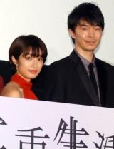 映画『二重生活』の完成披露試写会舞台あいさつに出席した(左から)門脇麦、長谷川博己 (C)ORICON NewS inc.