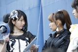 (左から)横山由依、高橋みなみ (C)2016「DOCUMENTARY of AKB48」製作委員会