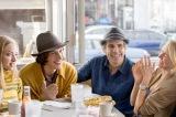 映画『ヤング・アダルト・ニューヨーク』は7月22日公開(C)2014 InterActiveCorp Films, LLC.