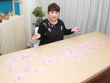 新曲「女のあかり」ロングヒットを記念し、キャンドル作りに挑戦した天童よしみ (C)ORICON NewS inc.