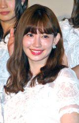AKB48ドキュメンタリー映画第5弾『存在する理由 DOCUMENTARY of AKB48』舞台あいさつに出席した小嶋陽菜 (C)ORICON NewS inc.