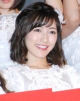 ドキュメンタリー映画第5弾『存在する理由 DOCUMENTARY of AKB48』初日舞台あいさつに登壇した渡辺麻友 (C)ORICON NewS inc.