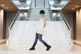 テレビ朝日系ドラマ『グ・ラ・メ!〜総理の料理番〜』(7月22日スタート)のエンディングで剛力彩芽&キャスト陣がケツメイシの曲に合わせてダンス(C)テレビ朝日