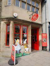 原作者ルイス・キャロルゆかりの地、英・オックスフォードにある世界一有名なアリスショップ (C)ORICON NewS inc.