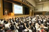 ?友学園女子中学校(東京都・世田谷)では850名の生徒が講義に参加 (C)oricon ME inc.