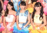 2ndシングル「恋のレッスン」リリース記念イベントを行ったふわふわ(左から)岩崎春果、中野あいみ、遠藤みゆ (C)ORICON NewS inc.