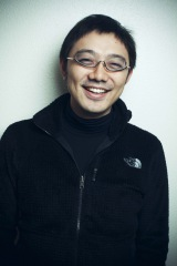 『スタディサプリLIVE』イベントに出演する佐渡島庸平