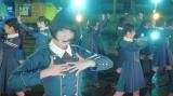 平手友梨奈がセンターを務める欅坂46のデビュー曲「サイレントマジョリティー」