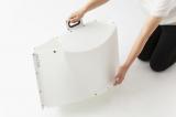 スナップボタンを外したらハンドルを握って押し込むだけ『パタット・テーブル』7400円(税抜) (C)oricon ME inc.
