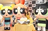 May J.の10周年をパワーパフガールズがケーキでお祝い (C)ORICON NewS inc.