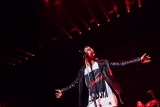 セレーナ・ゴメス来日公演のオープニングアクトを務めたDNCE