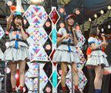 『熱闘甲子園』体感ステージに登場したAKB48(左から)横山由依、北原里英、高柳明音 (C)ORICON NewS inc.