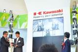 川崎重工業のロボットセンターショールーム『Kawasaki Robostage』には、さまざまな産業用ロボットが (C)oricon ME inc.