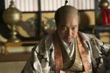 NHK大河ドラマ『真田丸』第20回より。茶々が懐妊。子どもが授かったことを揶揄(やゆ)する落書きに激怒する秀吉