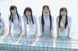 22日に発売される1st写真集『乃木坂派』(写真左から)西野七瀬、高山一実、松村沙友理、白石麻衣