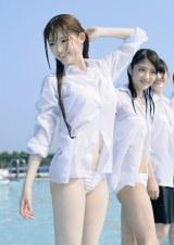 松村沙友理=22日に発売される1st写真集『乃木坂派』