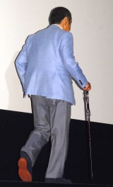 今日も杖をついて登壇した西田敏行=映画『ジャングル・ブック』舞台あいさつイベント (C)ORICON NewS inc.