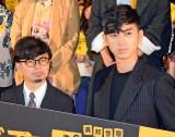 映画『ディアスポリス』完成披露試写会に登壇した松田翔太(右)は浜野謙太に苦情 (C)ORICON NewS inc.