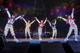 横浜・日産スタジアム2days初日公演を行ったももいろクローバーZ photo by HAJIME KAMIIISAKA+Z