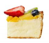 断面『PABLOの日スペシャル 山盛りフルーツの宝石箱チーズタルト』
