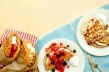 タリーズコーヒーから、ワンハンドでもカフェでも楽しめる『アメリカンワッフル』が新登場