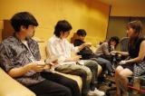 OKAMOTO'S&高橋みなみのレコーディングの模様