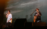 25万人動員ツアーをスタートさせたコブクロ(左から黒田俊介、小渕健太郎)
