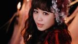 Flowerが新曲「他の誰かより悲しい恋をしただけ」のMV公開(写真は鷲尾伶菜)