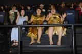 映画『キング・オブ・エジプト』の公開直前MX4D&アフレコ体験イベントに出席した(左から)永野芽郁、おかずクラブ(ゆいP・オカリナ)