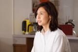 フジテレビ系ドラマ『営業部長 吉良奈津子』第8話(9月8日放送)。姑の小山周子(松原智恵子)がやって来て…(C)フジテレビ