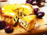 贅沢に栗がたっぷり入れたパブロの『焼きたてマロンチーズタルト』