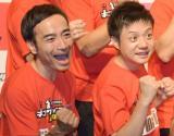 2013年王者のかもめんたる(左から)岩崎う大、槙尾ユウスケ (C)ORICON NewS inc.