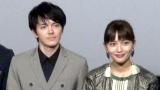 映画『にがくてあまい』初日舞台あいさつに出席した(左から)林遣都、川口春奈 (C)ORICON NewS inc.