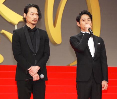 映画『怒り』のジャパンプレミア舞台あいさつに出席した(左から)