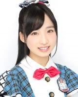 11月16日発売のAKB48の新曲の選抜メンバーに入った小栗有以(C)AKS