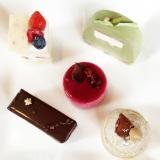 メディア向け試食会で振る舞われたミニサイズのクリスマスケーキたち (C)oricon ME inc.