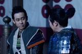 NHK大河ドラマ『真田丸』第35回より。別れを決断し語り合う信幸と信繁(C)NHK
