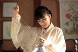 子ども服の会社を立ち上げ、母として働く女性として奮闘する姿を描く(C)NHK
