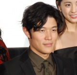 映画『彼岸島 デラックス』完成披露上映会舞台あいさつに出席した鈴木亮平 (C)ORICON NewS inc.