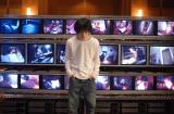 『デスノート』シリーズの特別編『デスノート 逆襲の天才』場面カット (C)大場つぐみ・小畑健/集英社 (C)2006「DEATH NOTE」FILM PARTNERS