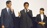 ドラマ『IQ246 華麗なる事件簿』の舞台あいさつに出席した(左から)ディーン・フジオカ、織田裕二、土屋太鳳 (C)ORICON NewS inc.