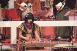 11月3日放送、NHK・BS総合音楽特番『ももクロ和楽器レボリューションZ』で箏のソロ演奏に挑戦した佐々木彩夏(C)NHK