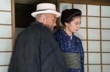 NHK土曜ドラマ『夏目漱石の妻』第3回には竹中直人が金之助の養父・塩原昌之助役で出演(C)NHK